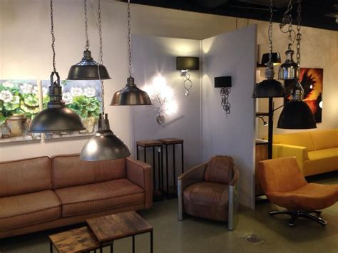 pin de lilian pike en cuarto estudio ceiling lights