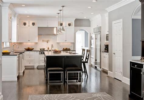 photo de cuisine ouverte avec ilot central cuisine americaine avec ilot central deco maison moderne