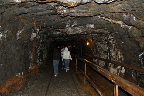 tunnel     coal  picture    coal