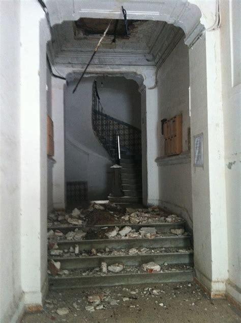 renovation cage d escalier immeuble dzairinfos tsa vid 201 o alger la cage d escalier d un immeuble en r 233 novation s effondre
