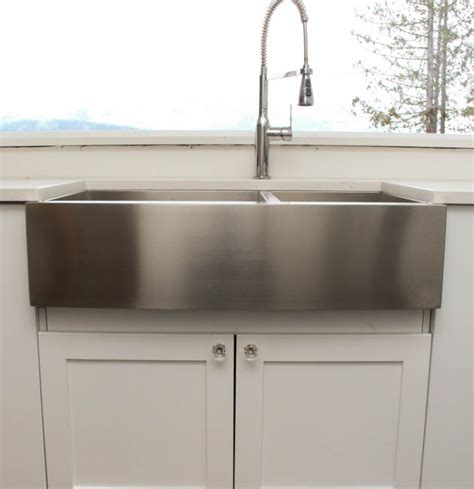 best material for farmhouse sink top mount farmhouse sink 18 what is the best material for