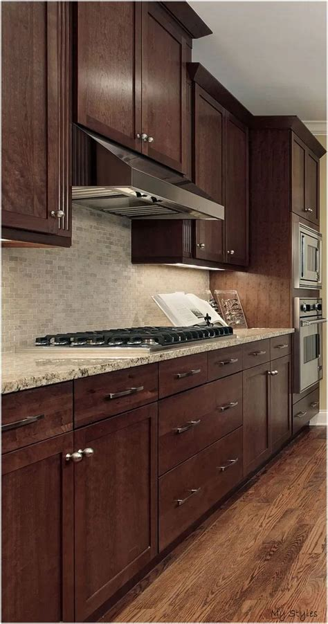 We are moving into a new year. Jun 5, 2020 - √ 73 lovely kitchen backsplash with dark ...
