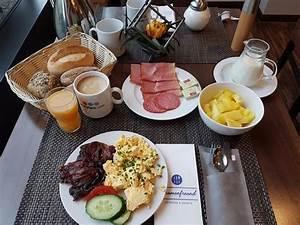 Frühstück Berlin Alexanderplatz : fr hst ck bild von h4 hotel berlin alexanderplatz berlin tripadvisor ~ Eleganceandgraceweddings.com Haus und Dekorationen