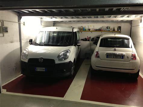 Piastrelle Per Box Auto by Piastrelle In Gomma Per Garage Pavimento Pvc Ad Incastro