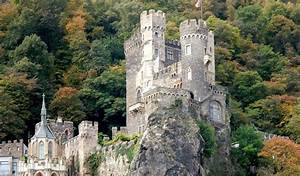 Castles Along the Rhine | Grand European Travel