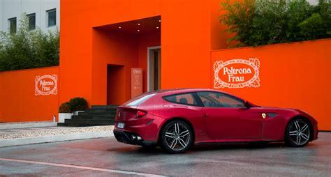 Poltrona Frau Ferrari : 301 Moved Permanently