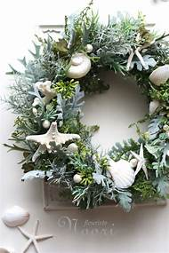 coastal christmas wreath decorations - Nautical Christmas Decorations