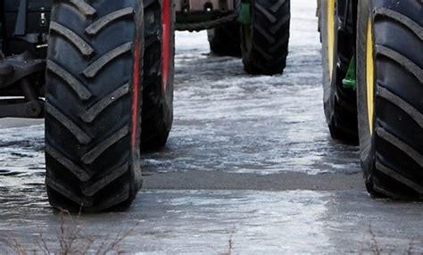 Ilūkstes novadā nozagts traktors