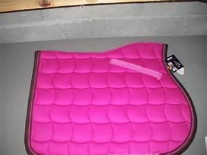Tapis Rose Fushia : amazing un lami cell fushiachoco un rouge je sais pas la marque with tapis rose fushia ~ Teatrodelosmanantiales.com Idées de Décoration