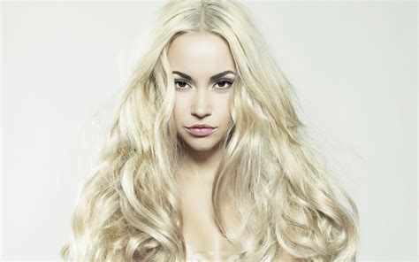 Girl With Long Blonde Hair Hairstyle For Women And Man