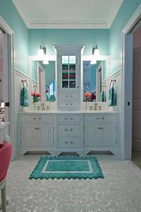 House of turquoise turquoise and pink love this bathroom for What kind of paint to use on kitchen cabinets for the little mermaid wall art