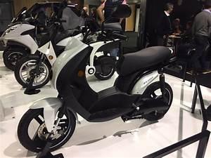 Scooter Electrique 2018 : peugeot e ludix un scooter lectrique 50cc pour les grands et les petits frandroid ~ Medecine-chirurgie-esthetiques.com Avis de Voitures