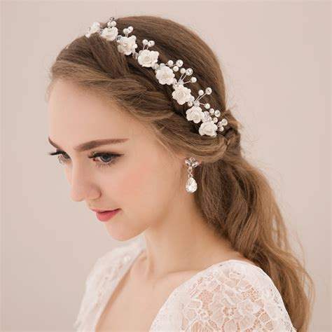 wedding dresses  main trends  tendencies