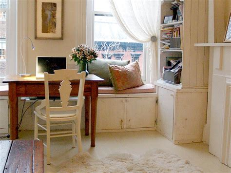 Smart Placement Cottage Style House Designs Ideas by 10 Tips For Designing Your Home Office Hgtv