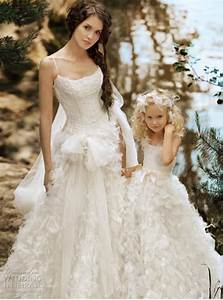 simple wedding dress hairstyles and fashion With beautiful simple wedding dresses