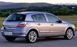 Opel Astra Hatchback 2004
