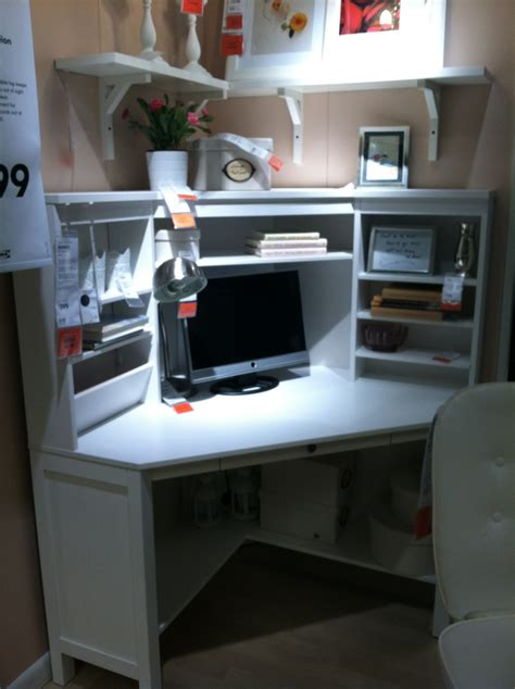 White Corner Computer Desk Ikea by Best 25 Ikea Corner Desk Ideas On