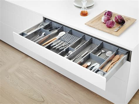 blum kitchen accessories tip on blumotion for tandembox extends handle less design 1746