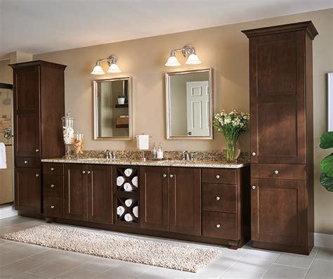 18041 k w w kitchen cabinets bath umber maple cabinet finish aristokraft cabinetry 18041