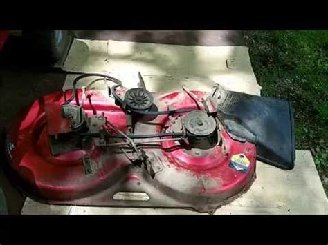 replacing belts on 1993 murray rider mower part 1