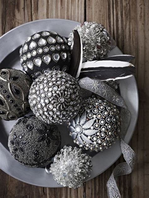 top  christmas decoration ideas  gray christmas