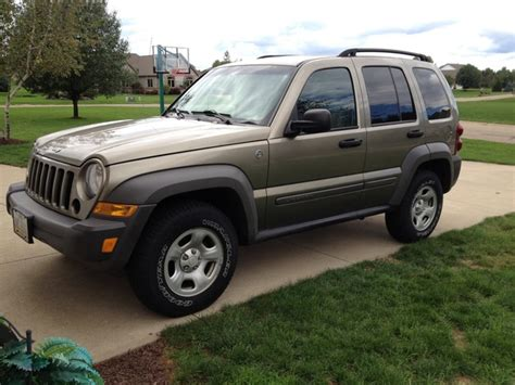 used jeep liberty interior 2007 jeep liberty pictures cargurus