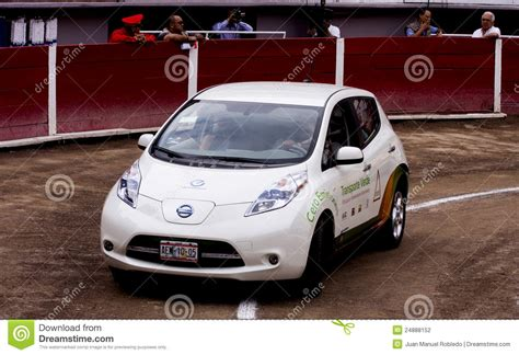 100 Percent Electric Cars by 100 Percent Electric Car Nissan Leaf Editorial Photography