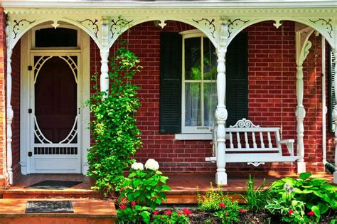covered front porch designs  colonial rustic  modern home decor bliss