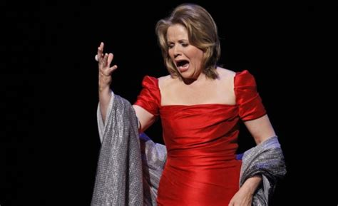 famosa cantante de opera participara en el super bowl