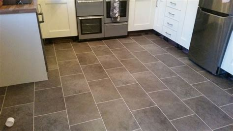 pictures of kitchens with wood floors karndean design flooring spence carpets 9127