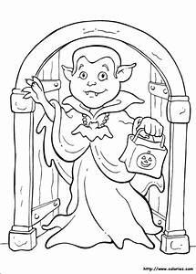 Dessin Halloween Vampire : coloriage petit vampire d 39 halloween ~ Carolinahurricanesstore.com Idées de Décoration