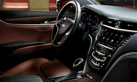 cadillac xts interior features  capabilities