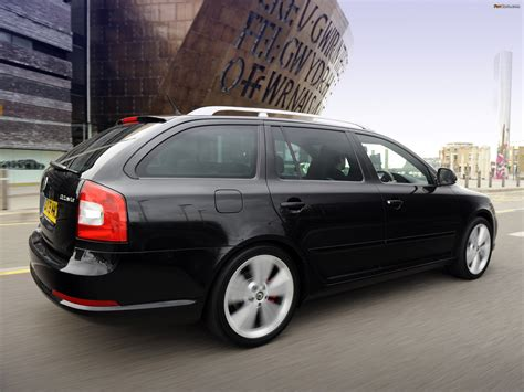 Škoda Octavia vRS Combi (1Z) 2009–13 wallpapers (2048x1536)