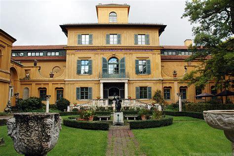 Lenbachhaus  Munich Pictures