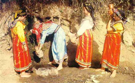 La femme dans la société Amazighe entre autrefois et ...