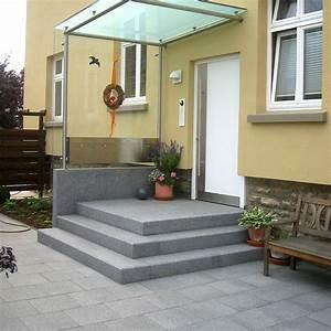 Hauseingang Treppe Modern : es mu nicht immer naturstein sein steffen gmbh naturstein ~ Yasmunasinghe.com Haus und Dekorationen