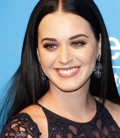 Download Katy Perry Beautiful Pictures Latest 2016