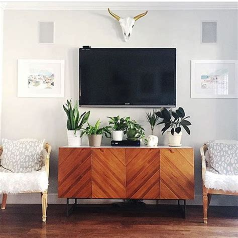 Decorating Ideas For Wall Mounted Tv by Best 25 Wall Mounted Tv Ideas On