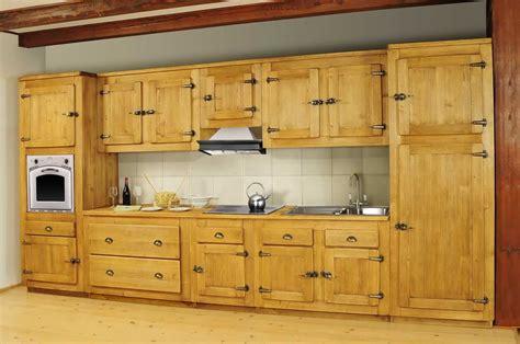 cuisine massif cuisine meuble bas porte pin massif pour cuisine avoriaz le magasin du pin porte cuisine bois