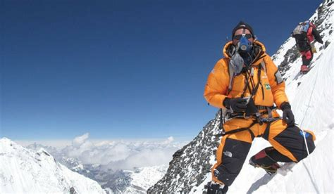 Things Never You Want Climb Everest From