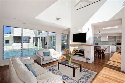 Beachfront Home Casual Style by Airy Beachfront Home With Contemporary Casual Style