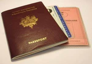 Délai Fabrication Permis : faire sa valise et bagage pour un voyage au canada ~ Medecine-chirurgie-esthetiques.com Avis de Voitures