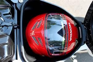 Honda Suprax 125 Helm In  Harga Sama Fungsi Bertambah