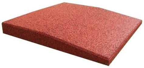 piastrelle gomma antitrauma piastrelle antitrauma rossa 50x50 sp 4cm c spinotti hic