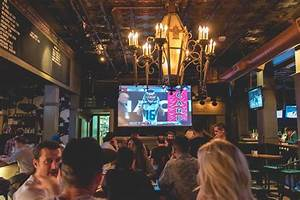 Super bowl sunday in gastown gastown for Lamplighter gastown