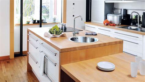 peindre carrelage plan de travail cuisine pourquoi choisir un plan de travail en bois ou en stratifié