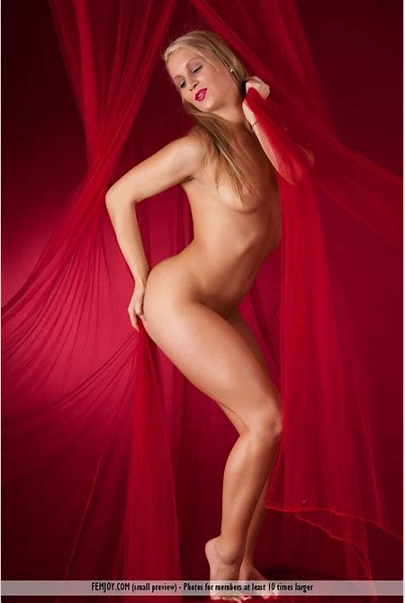 Giulietta In The Red Light District » FemJoy « Free Erotic Nude Teen Pictures @ Sexy Nudes