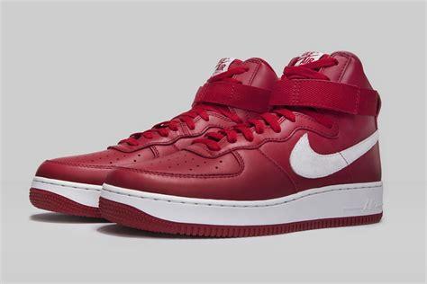 nike air force 1 high nai ke gym red sneaker bar detroit