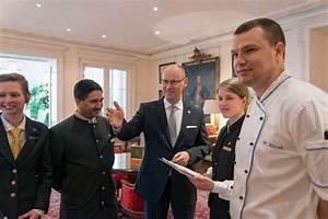 Gastronomie Jobs Frankfurt : ausbildungsstart im grandhotel hessischer hof frankfurt ~ Markanthonyermac.com Haus und Dekorationen