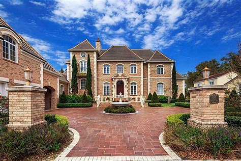 Maison Calcaire ? A $2.5 Million Brick Home In Celebration